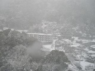 長崎総合科学大学周辺の大雪3